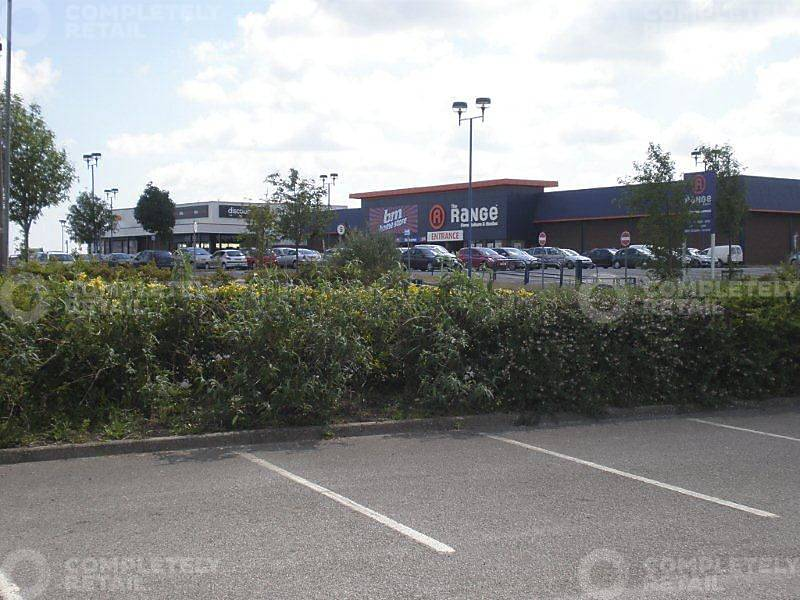 Portrack Shopping Park - Picture 9